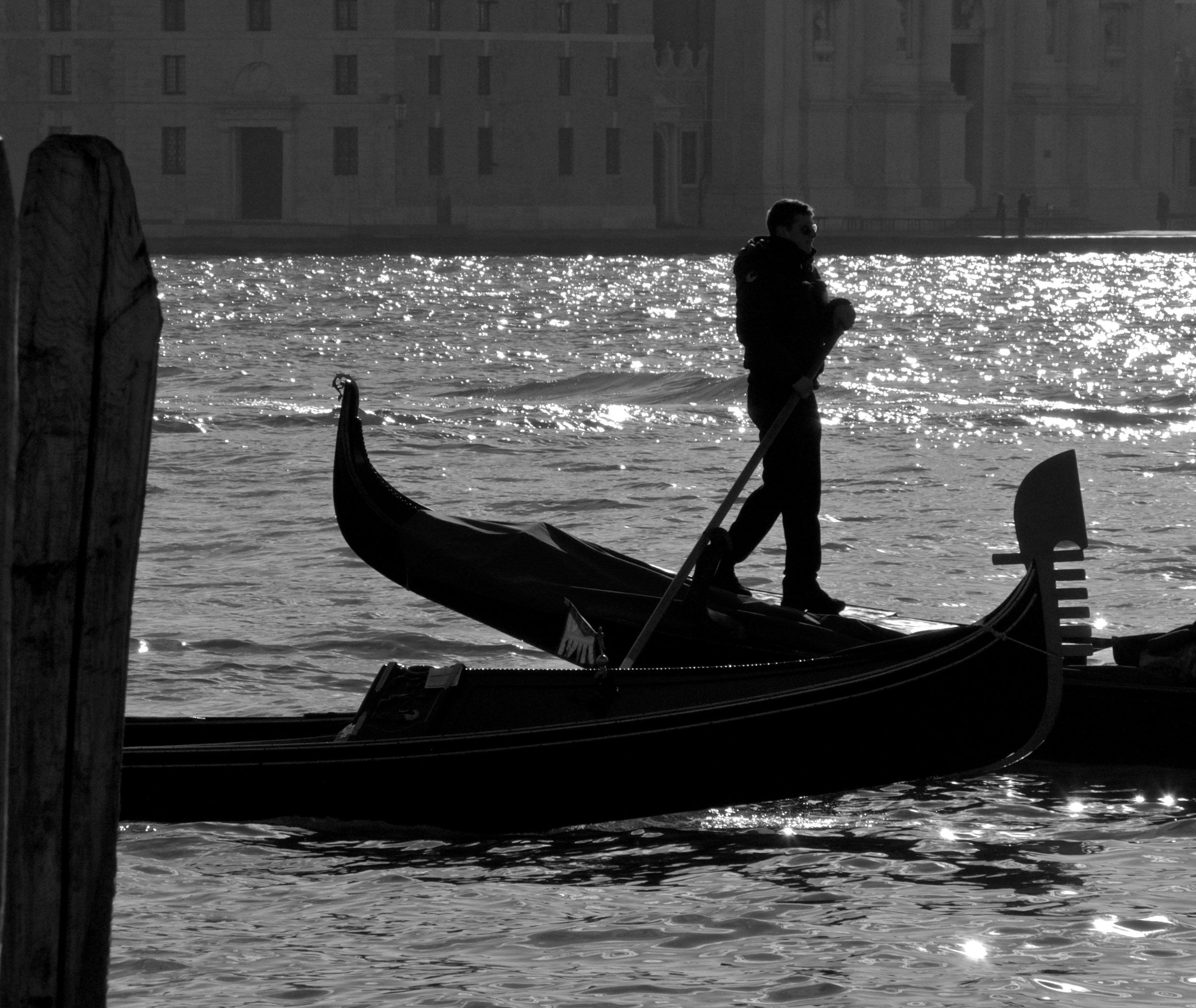 gondolier  91906 - Version 2.jpg