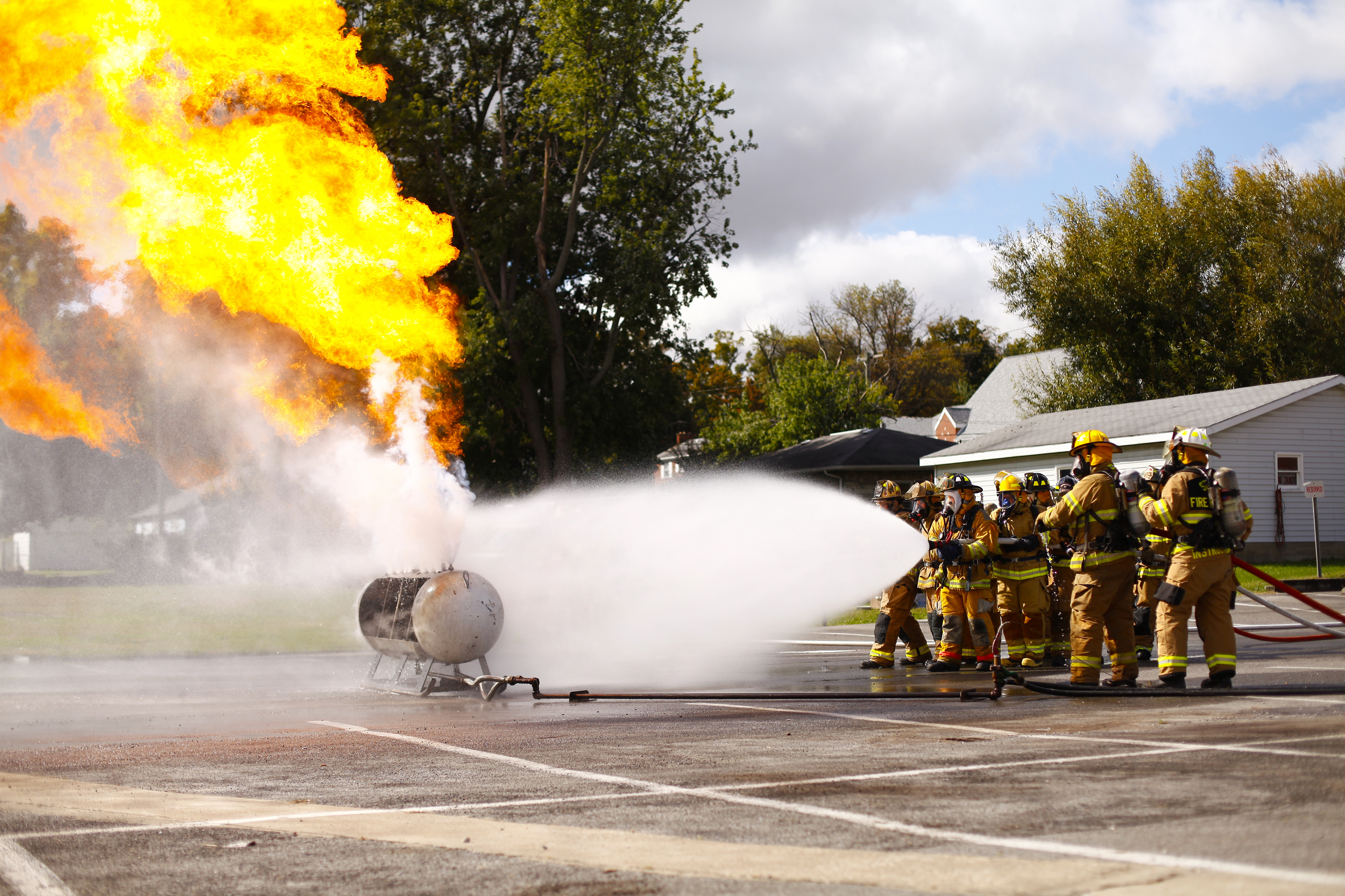 Fire departments from across Union County, Ky., took part in propane tank fire training. The state sponsored training showed firefighters the proper way to turn off the gas valve during a fire.
