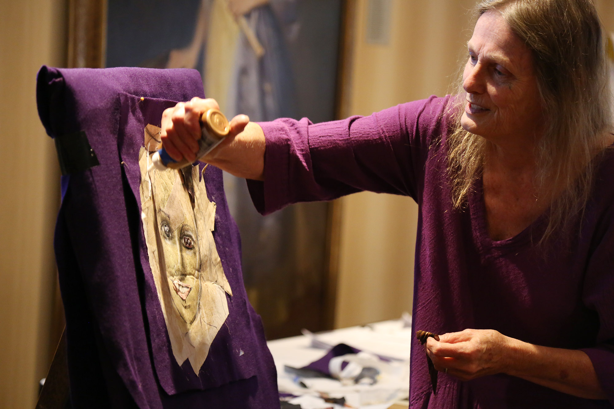Fabric artist Penny Sisto tells her life story why demonstrating her craft to educators in the Anne Frank Bearing Witness program.