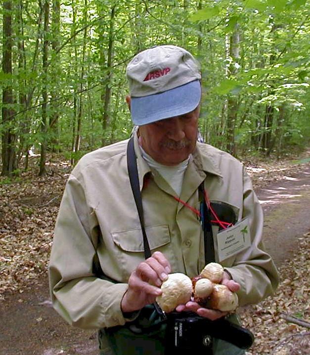 john rippon with mushrooms.JPG