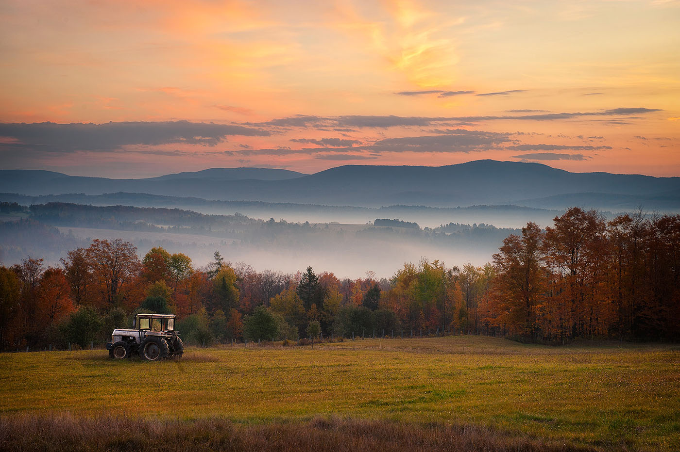 fall_tractor_sunrise.jpg