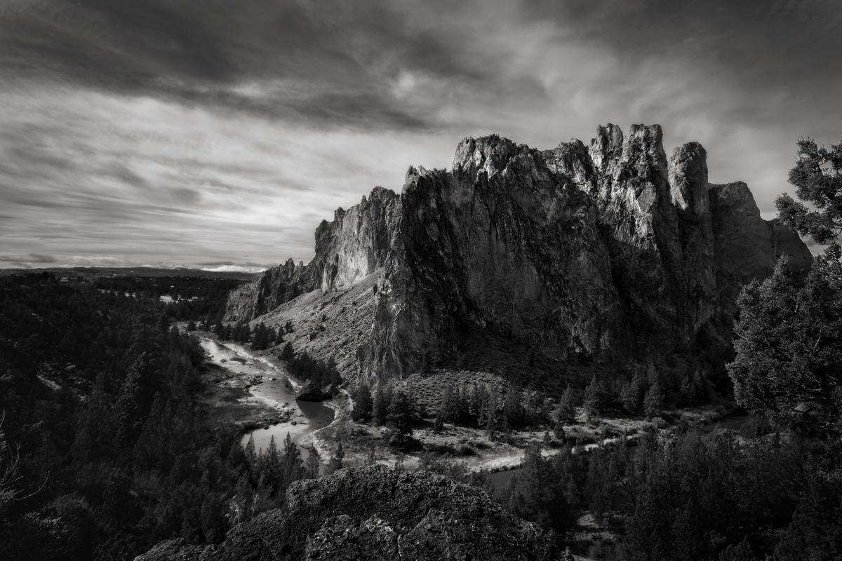 Smith Rock, Oregon                                                                                                    ©Chris Sanchez Photography  Canon 6D, 16-35mm, 1/500, F8, ISO 160
