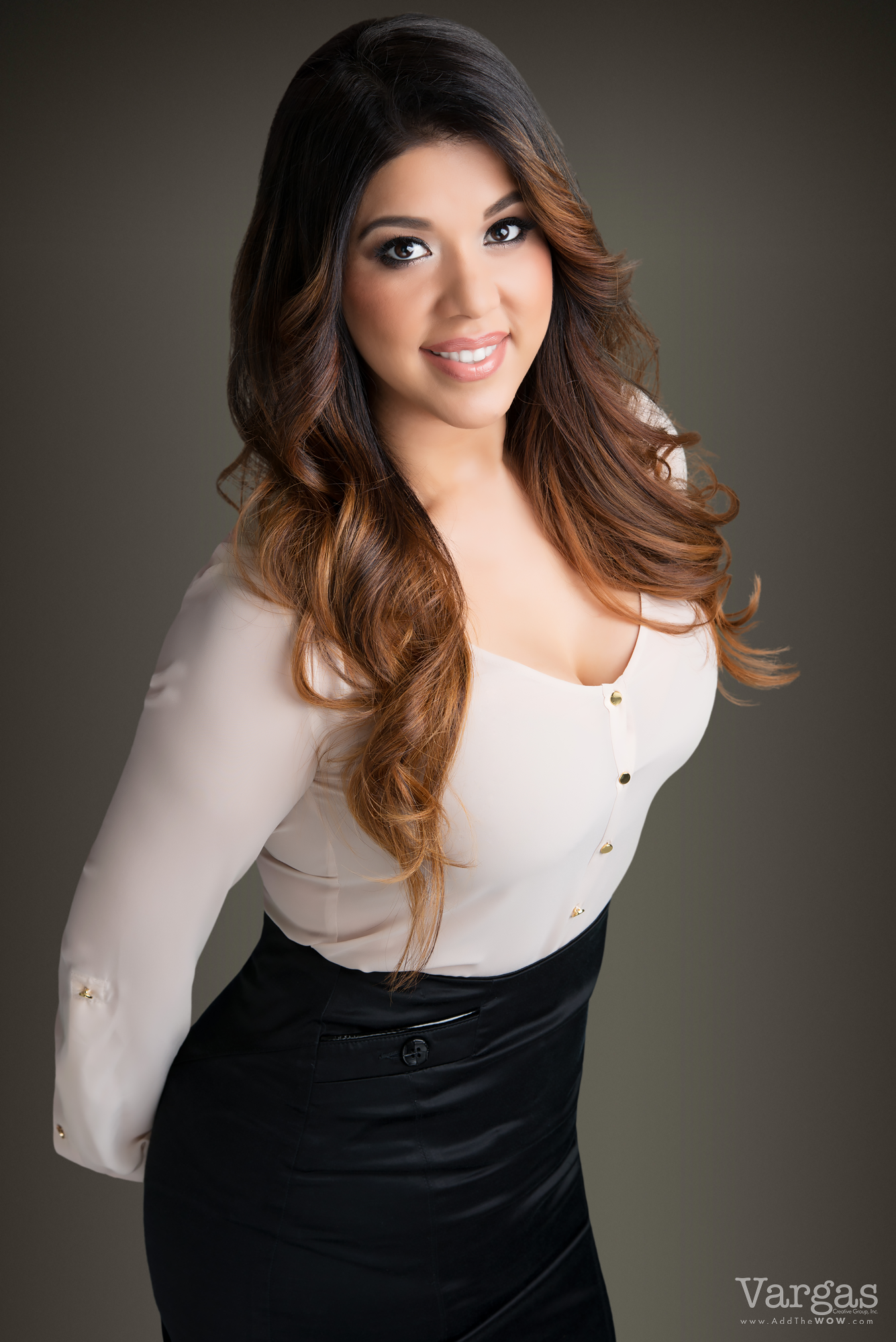 Wendy-Espinoza-Realtor-Real-Estate-Agent-Business-Portrait-Head-Shot.png