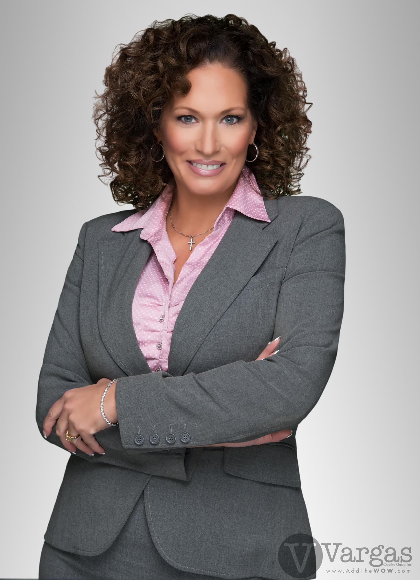 Carde_Kimberley-Realtor-Tarbell-head-shot-portrait.png