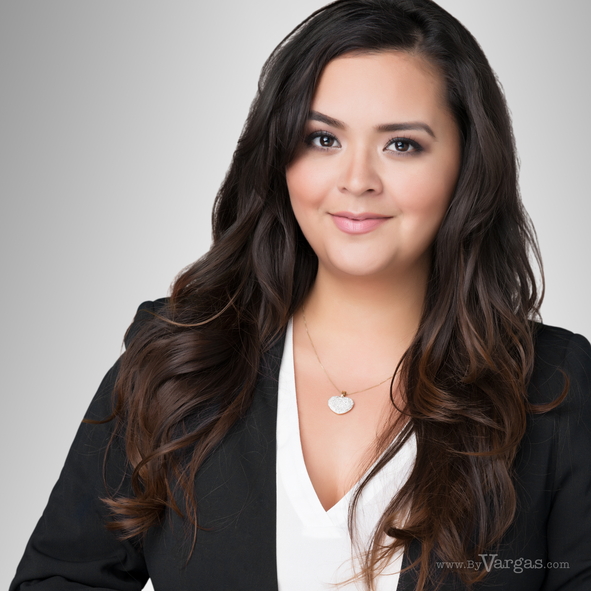 Desiree-Estorga-head-shot-realtor-loan-officer.png