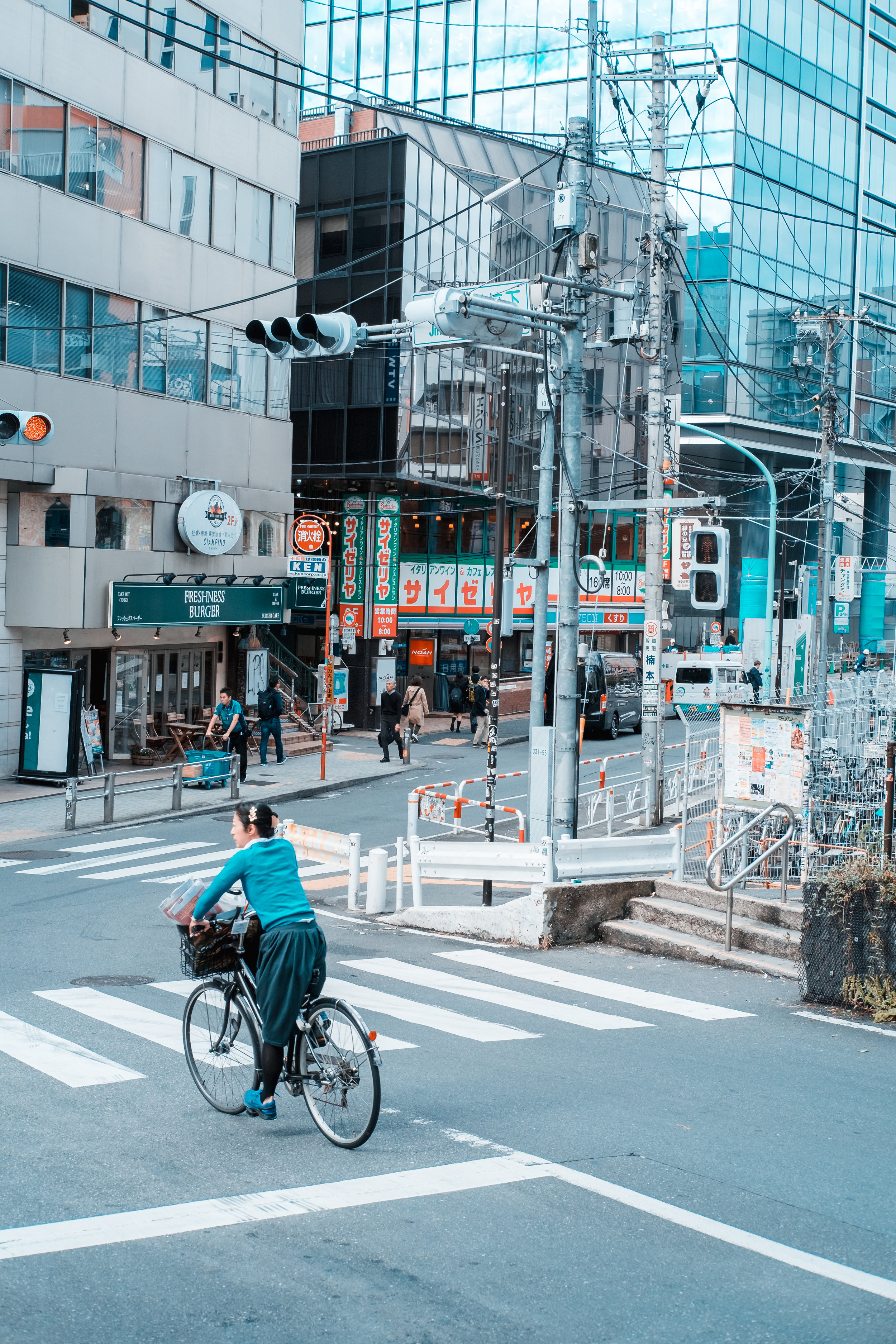 Tokyo_Nov_2018_AdamDillon_DSCF1099.jpg