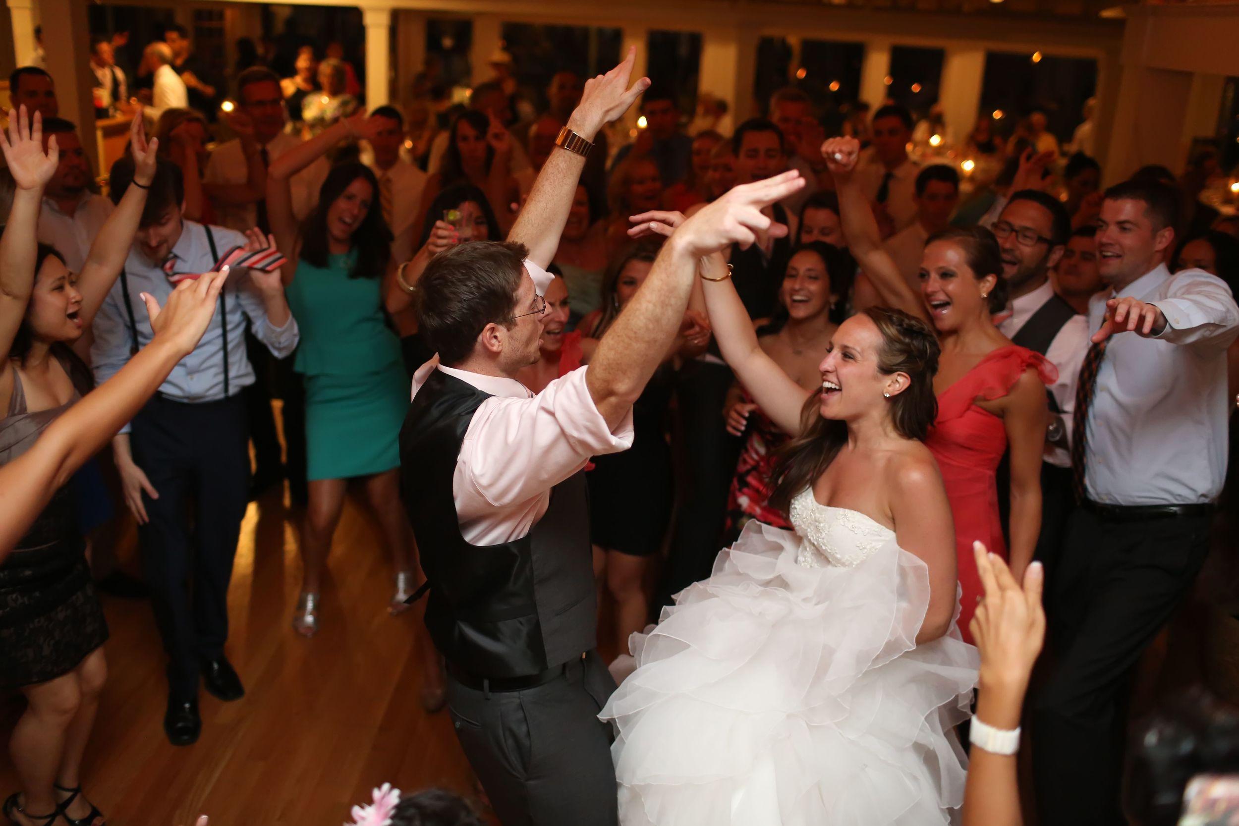 Milford Yacht Club Wedding Fairfield County Wedding Amy Champagne Events60.jpg
