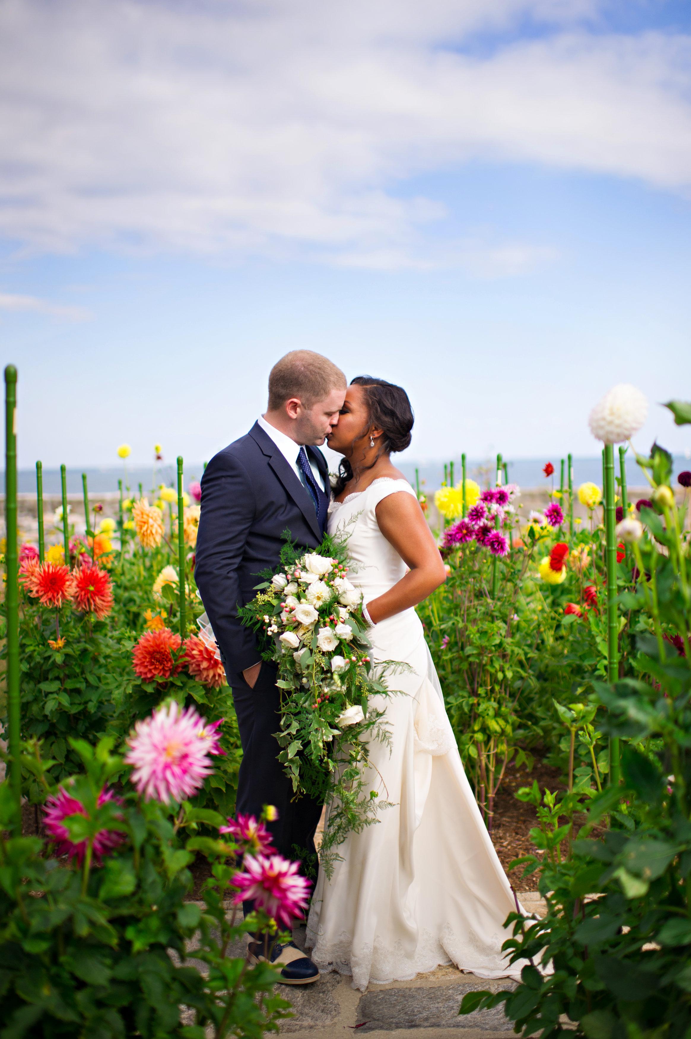 Mystic Seaport Estate Wedding Ashley Therese Photography-16.jpg
