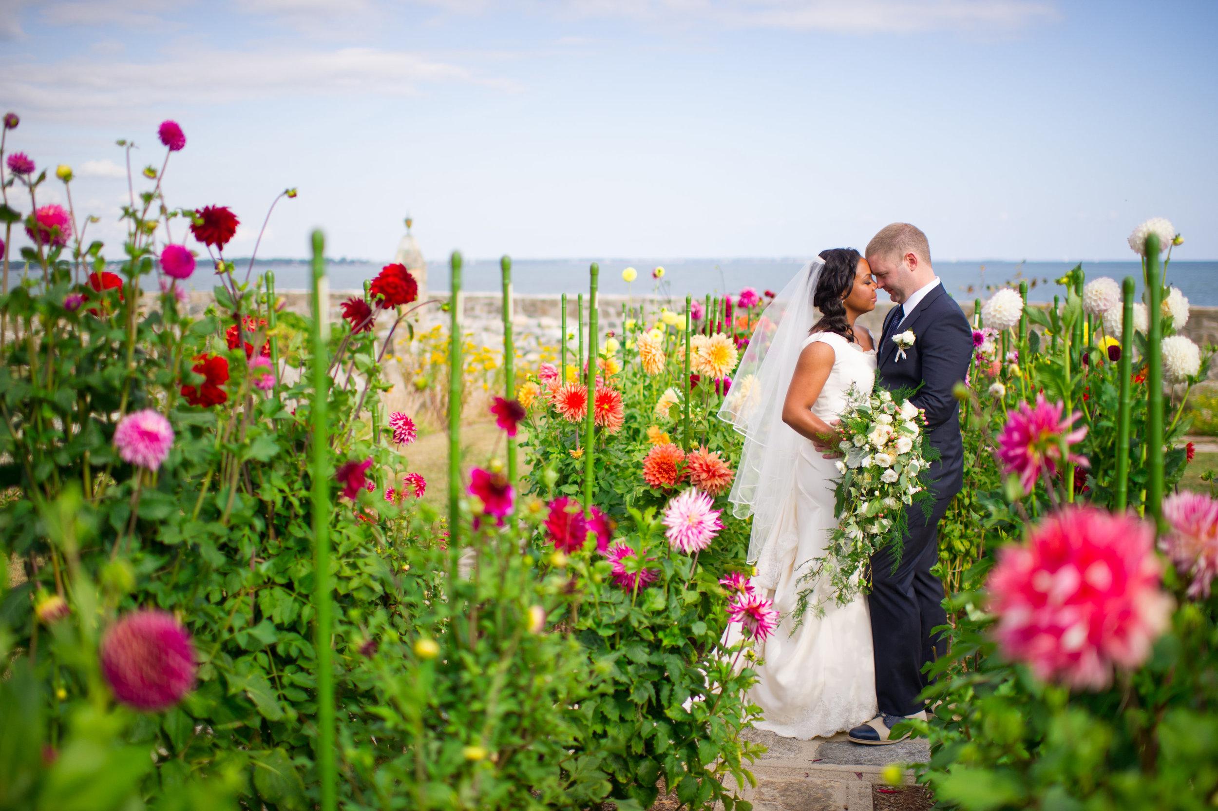 Mystic Seaport Estate Wedding Ashley Therese Photography-17.jpg