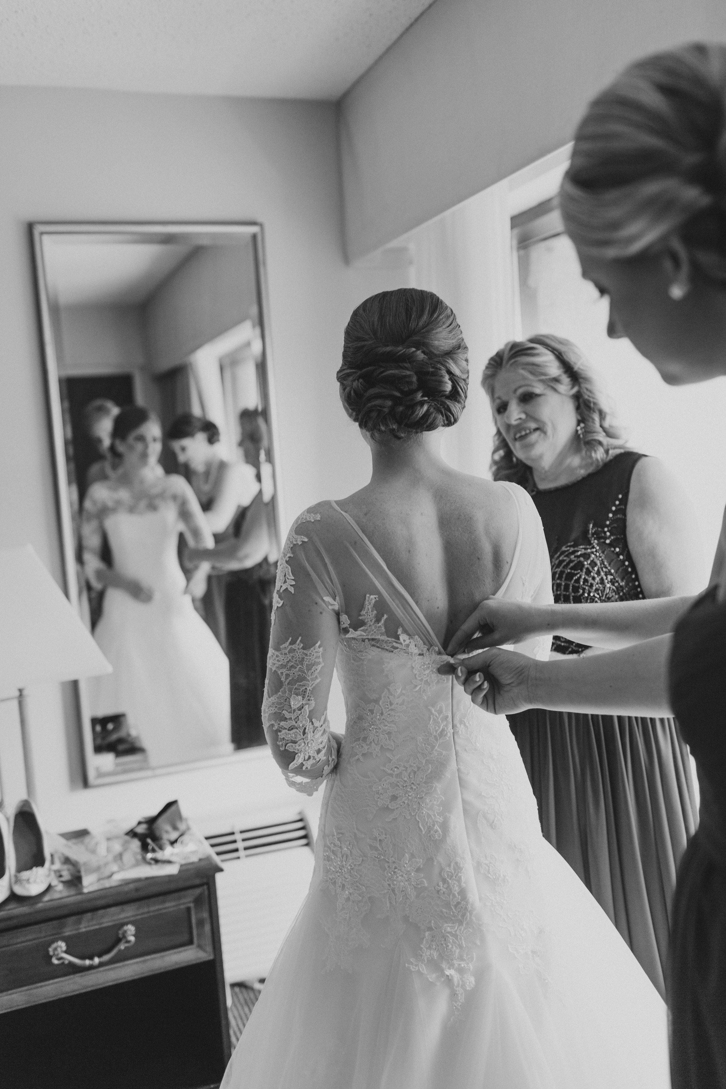 Amy Champagn autumn wedding