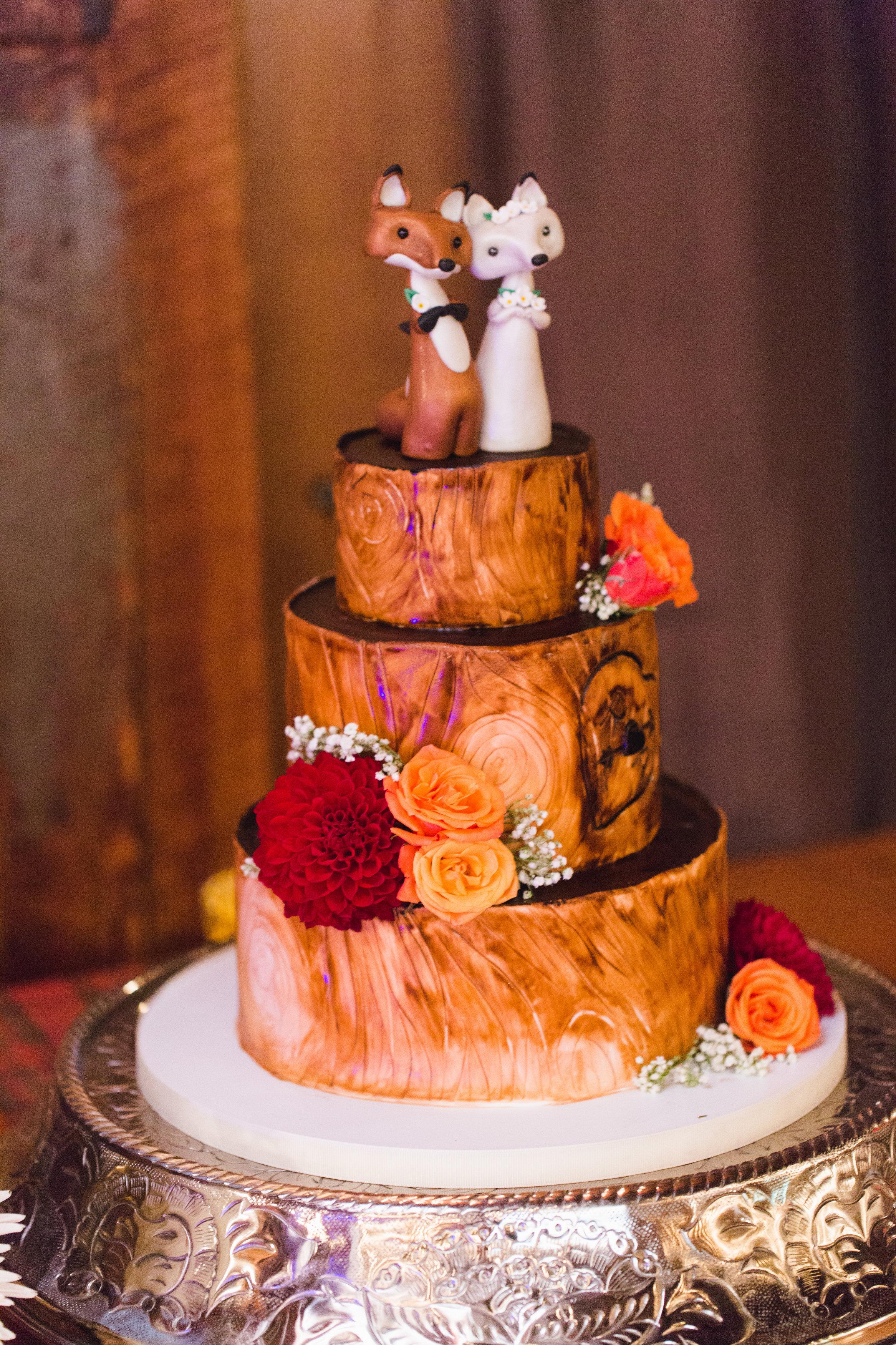 Amy Champagne hunt wedding