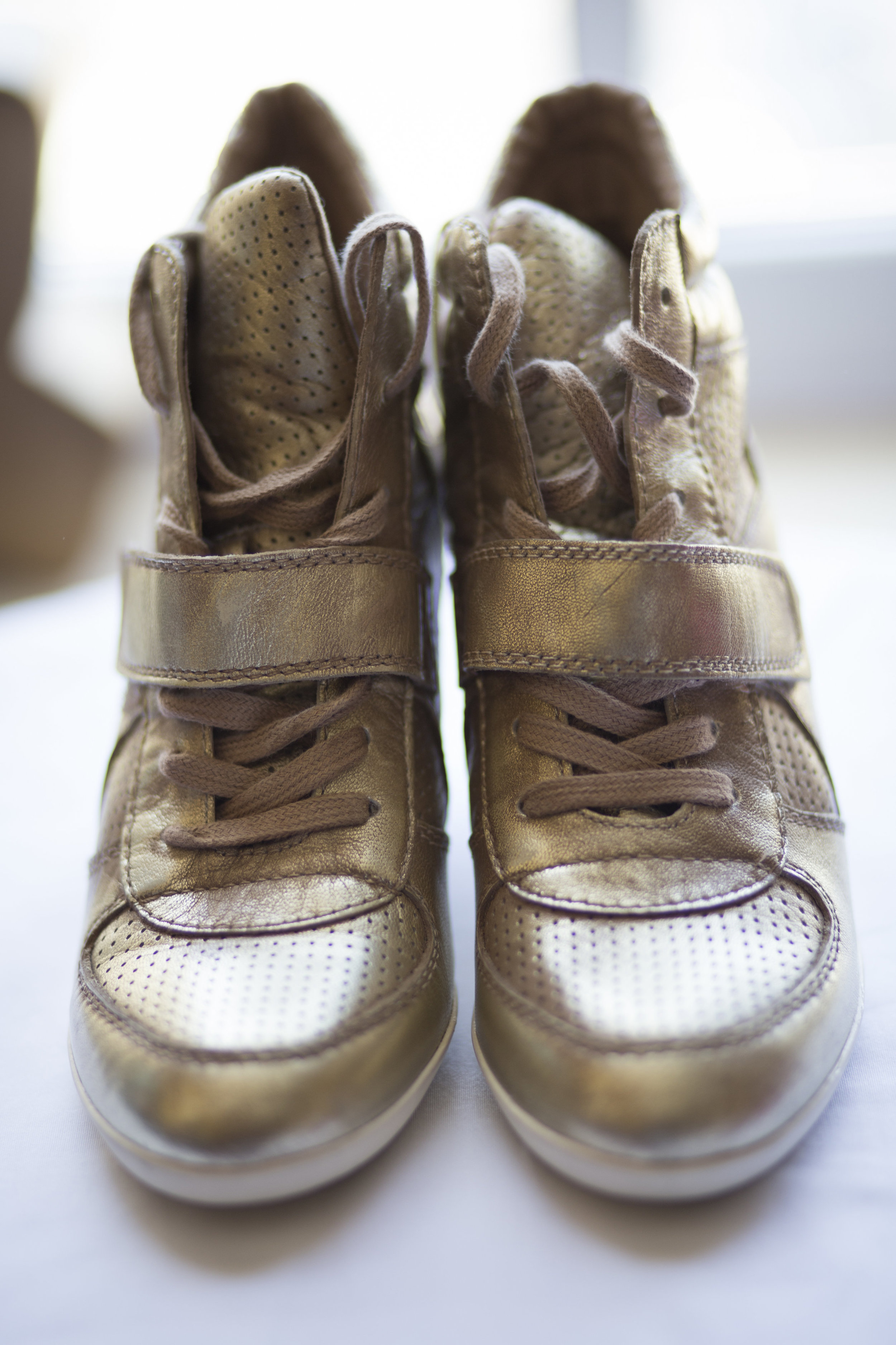CT Wedding Eolia Mansion Amy Champagne Events Gold Wedding Shoes