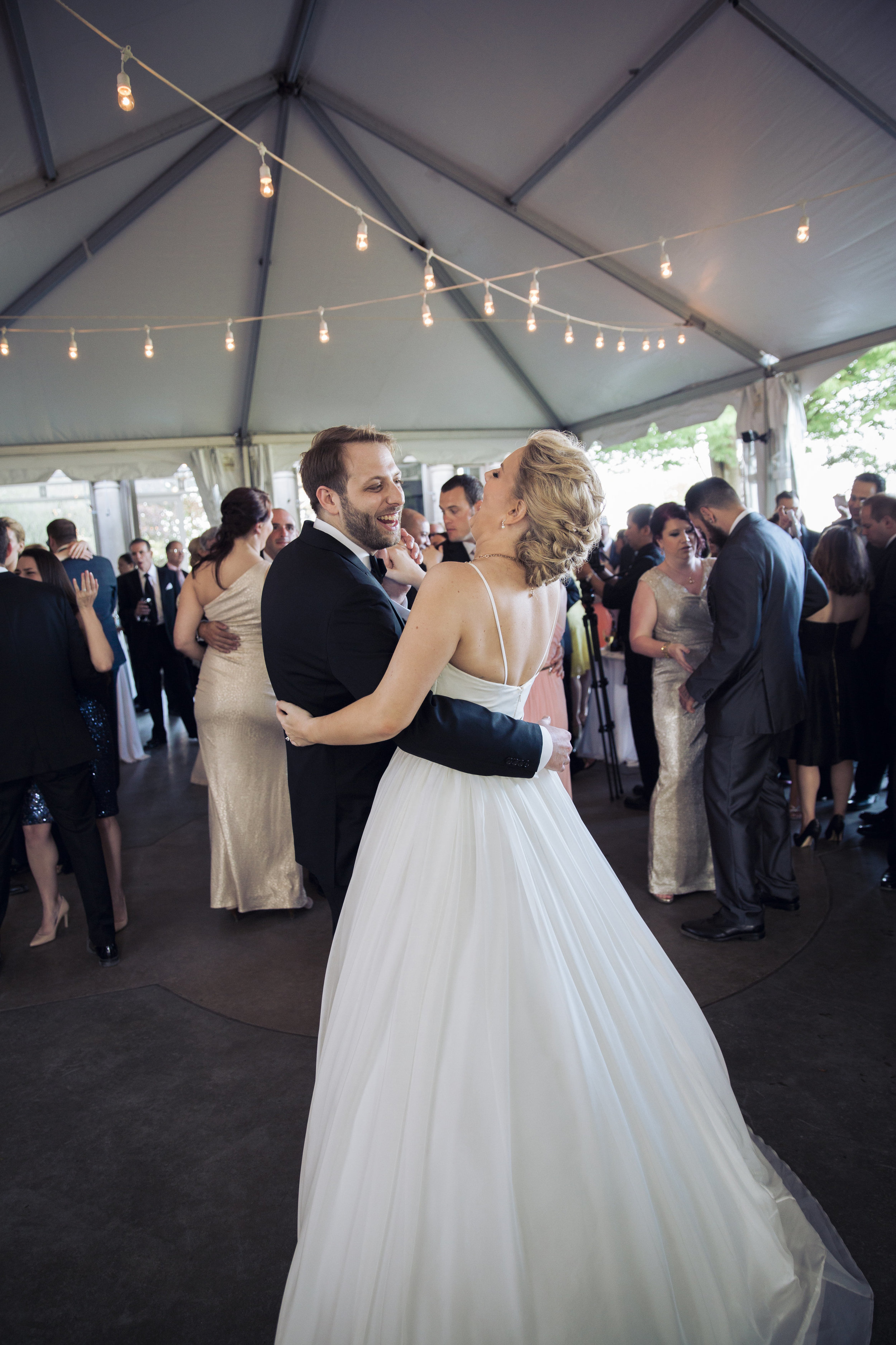 CT Wedding Eolia Mansion Amy Champagne Events First Dance