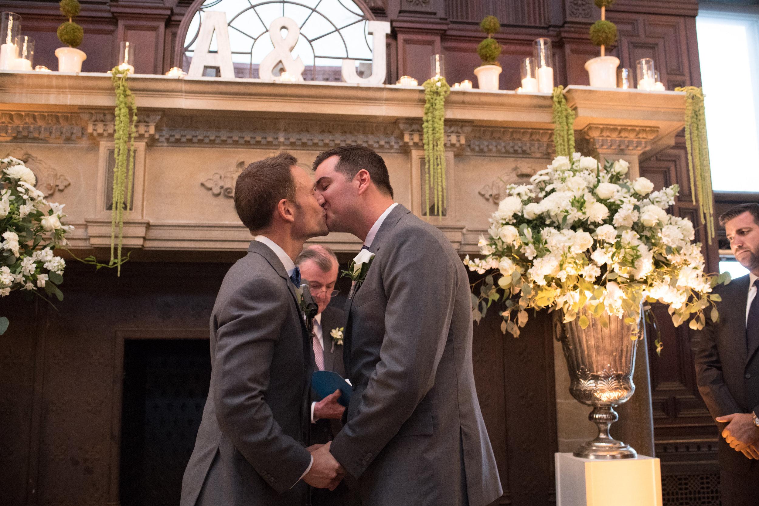 Same Sex Wedding Philadelphia Wedding PLanner LGBT Wedding016.jpg