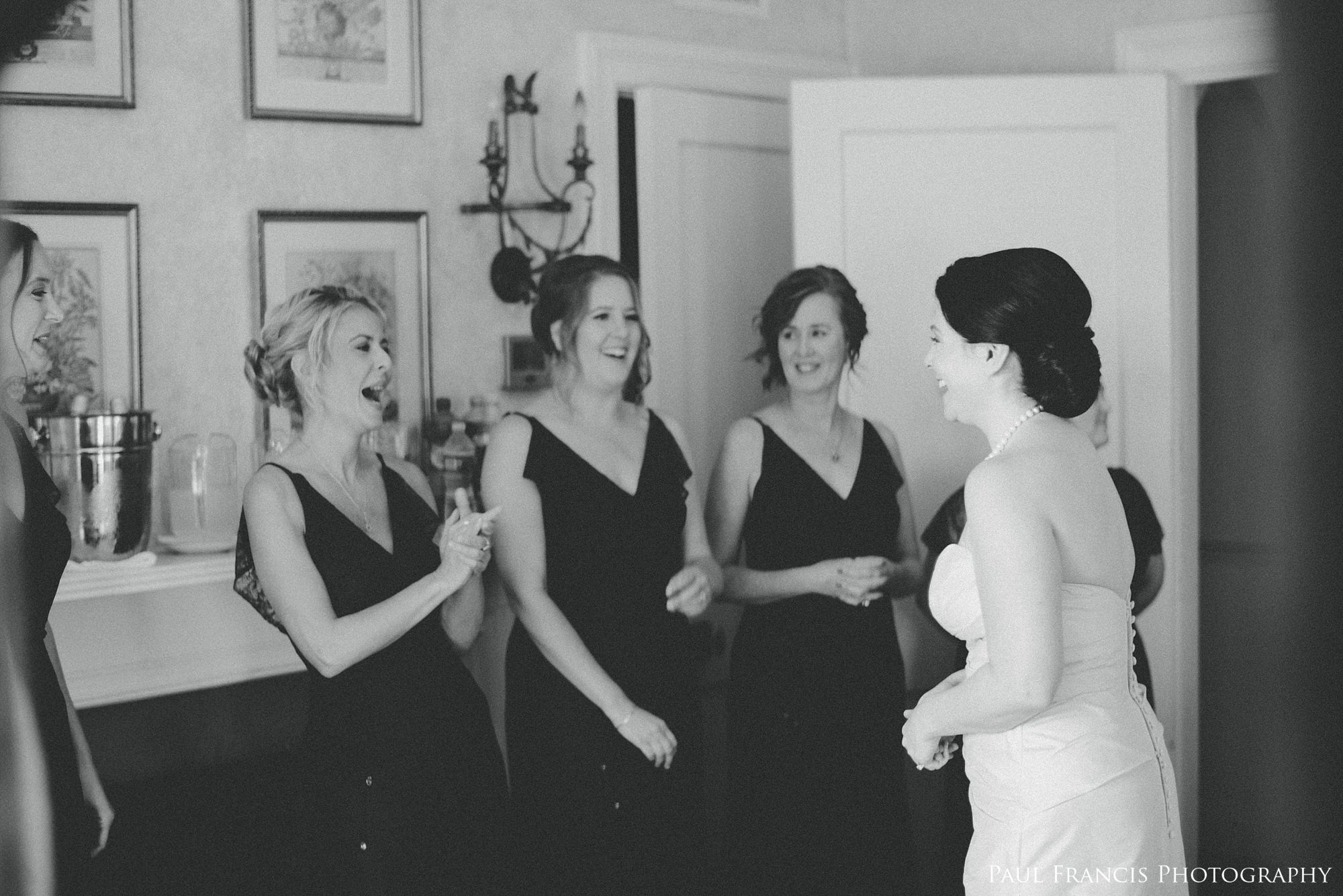 Rachel spent the morning surrounded by so much love. It is so clear to see the connection that she has with her Mother, Maid of Honor and Bridesmaids in the images above!