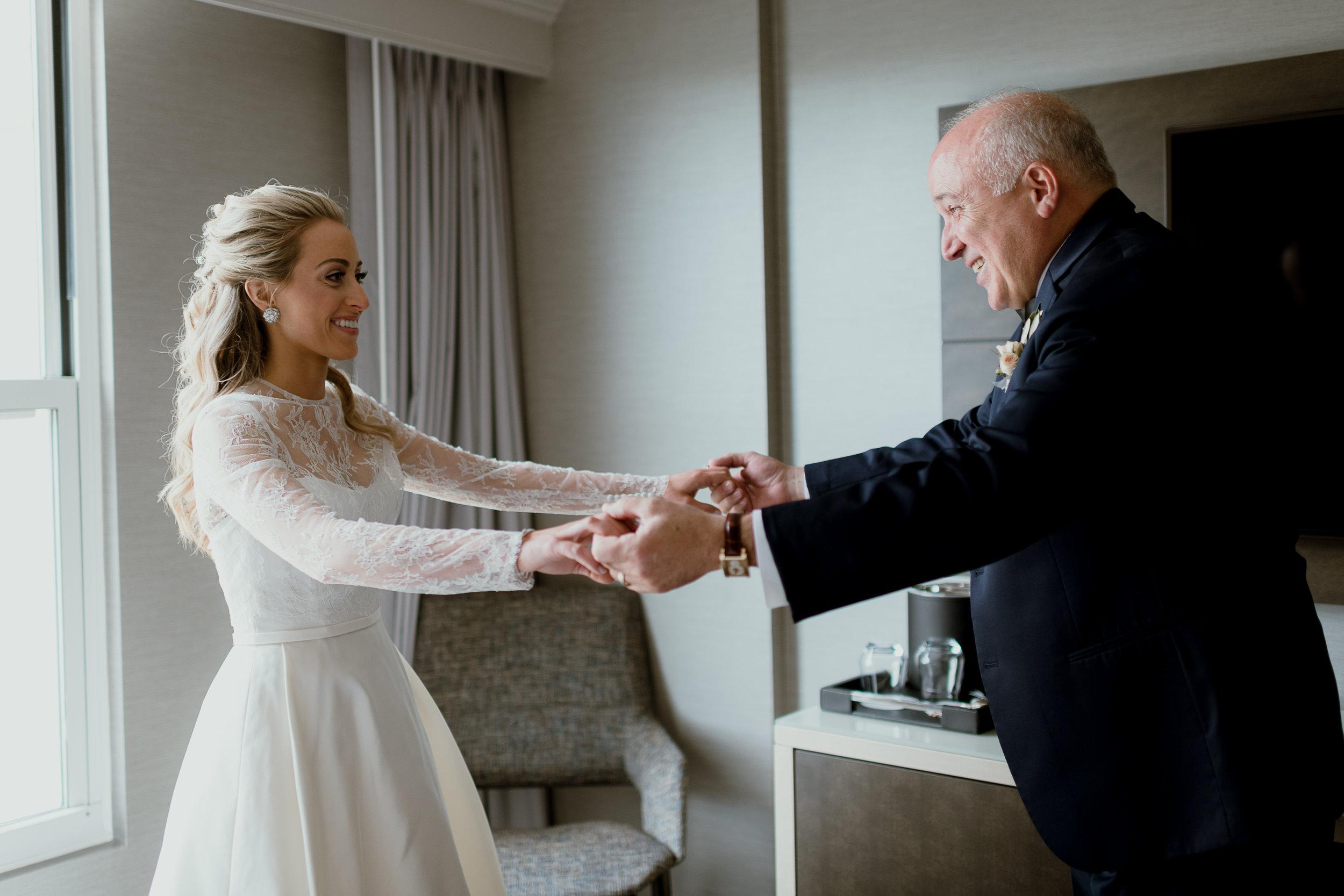 Green & White Wedding Jonathon Edwards Vineyard Wedding0-3.jpg