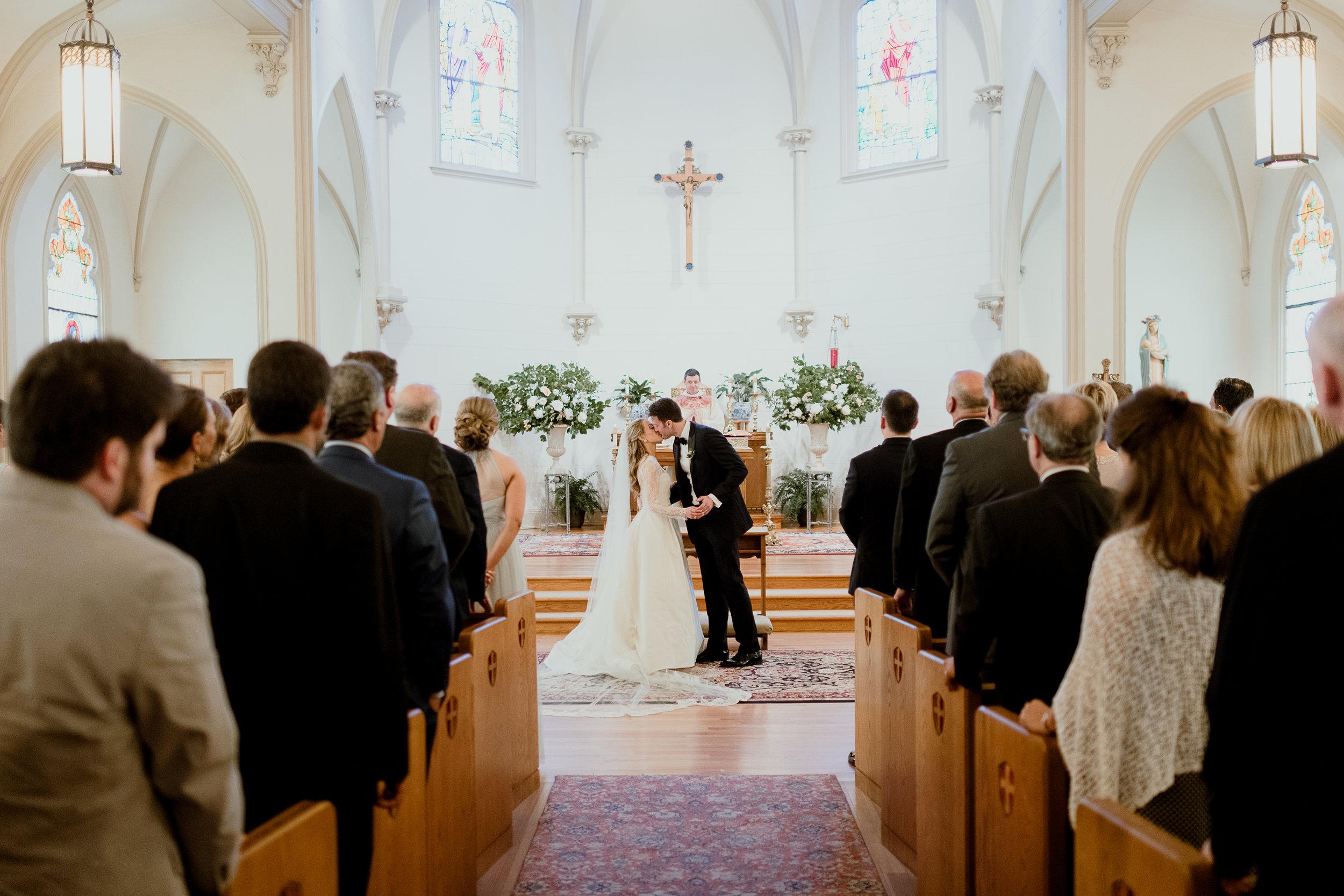Green & White Wedding Jonathon Edwards Vineyard Wedding0-613.jpg