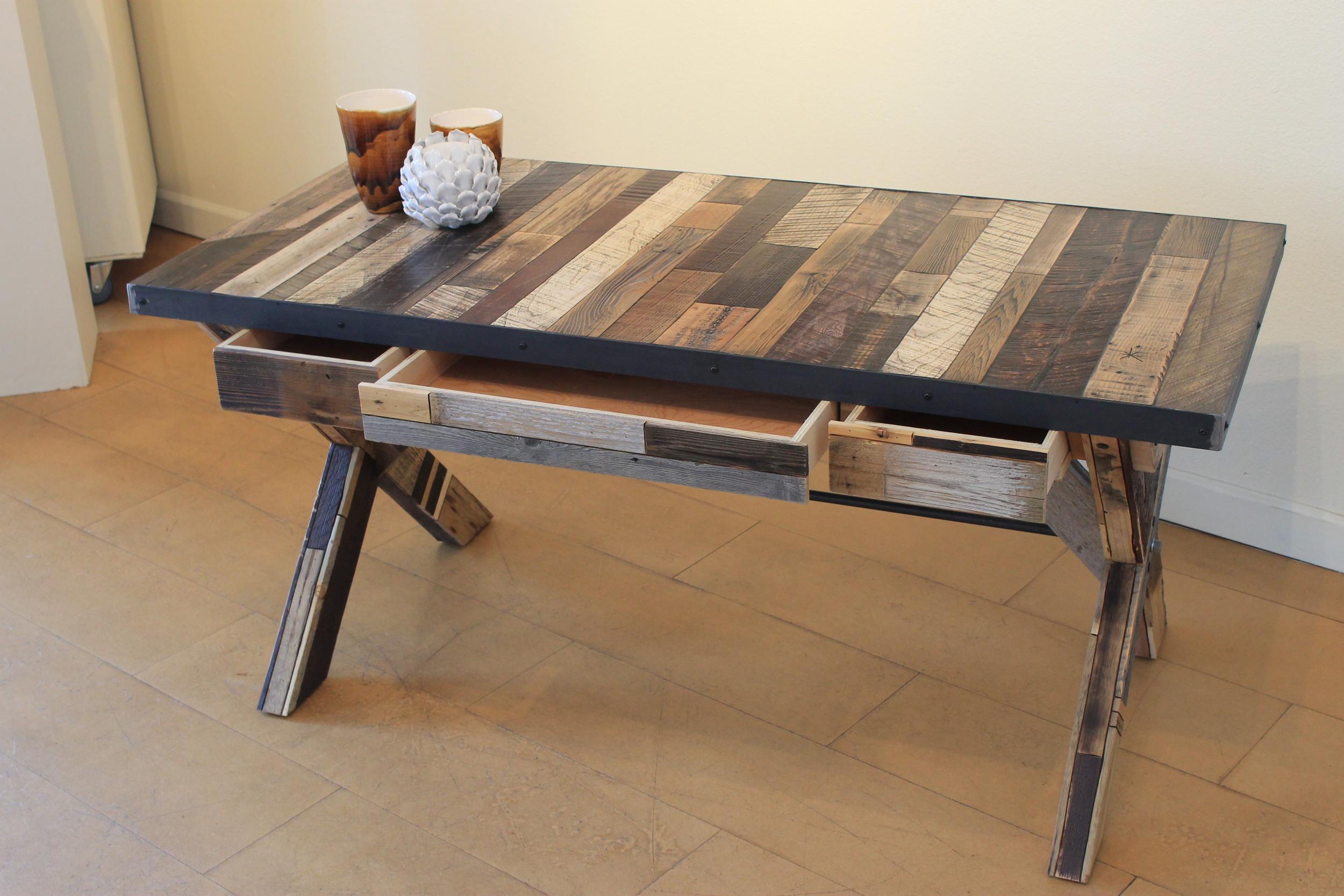 coll_home_table_04.JPG