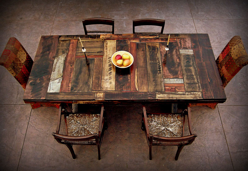 t1f_home_table_01.JPG