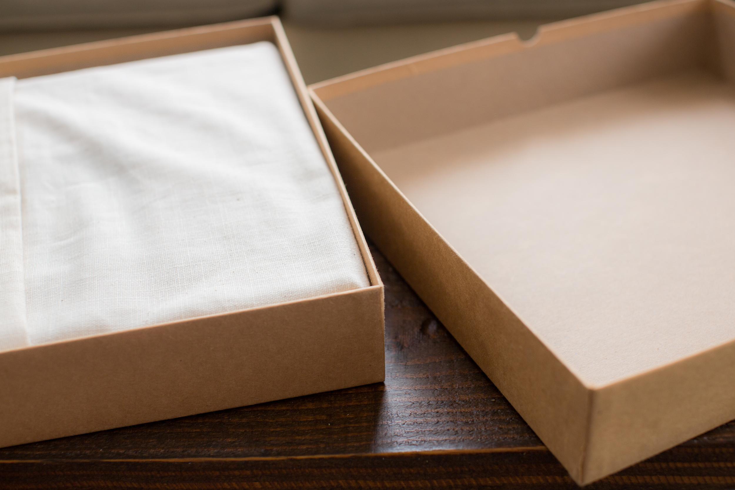 Presenataion Box 2.jpg