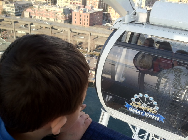 Seattle Great Wheel allows for turning one's wheels in their mind