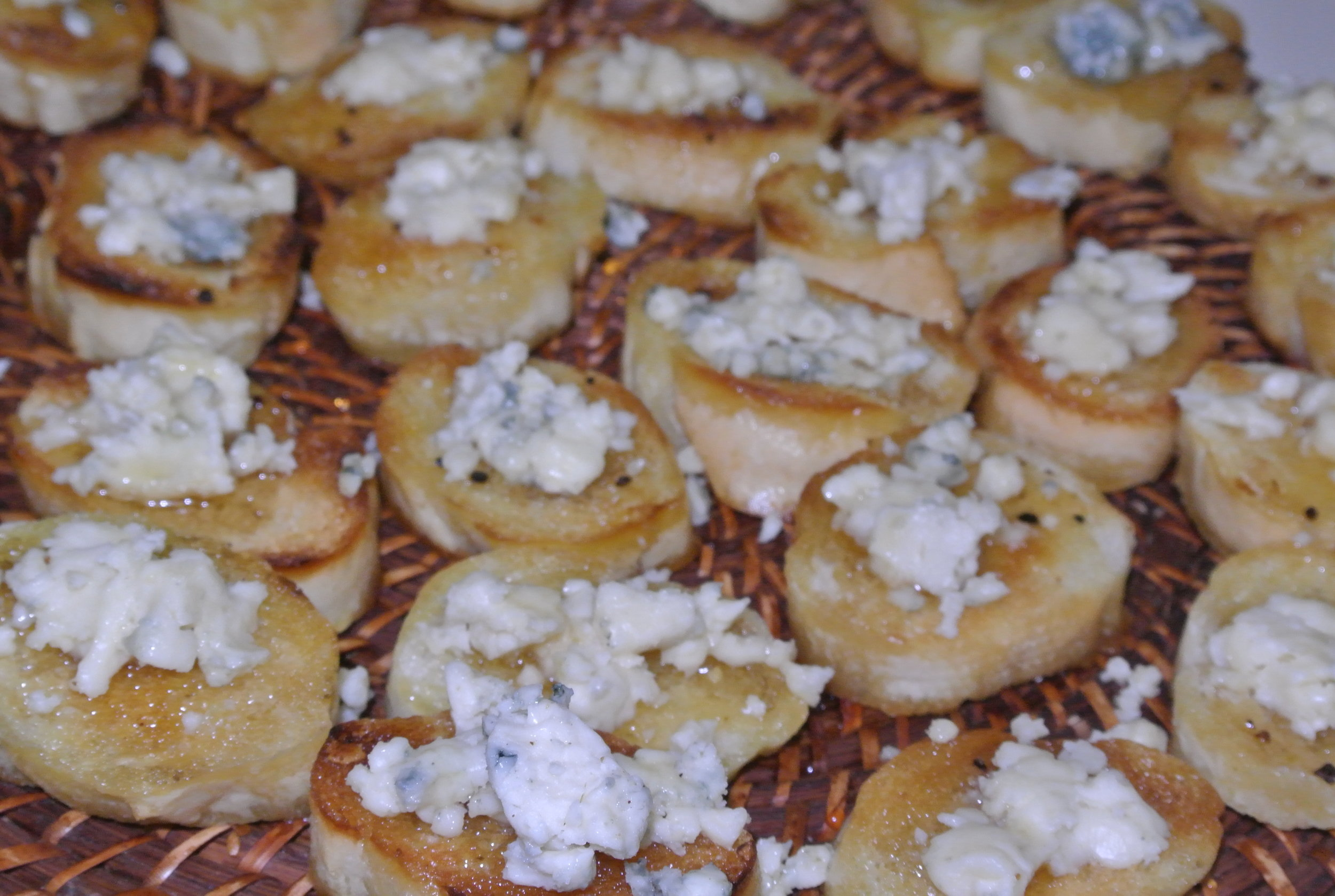 Blue Cheese and Honeycomb Toast Points