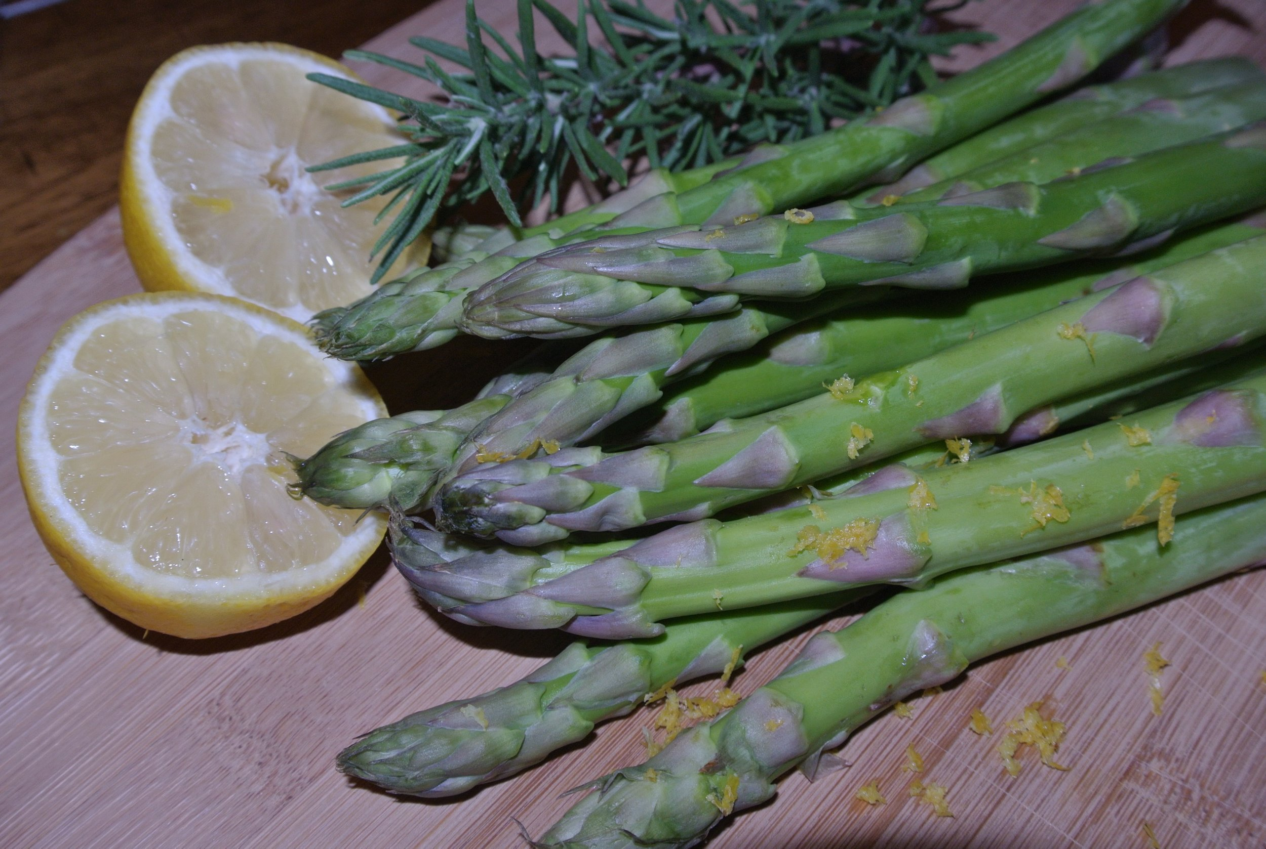 Lemon Zested Asparagus