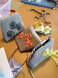 Snap purses and yo-yos!