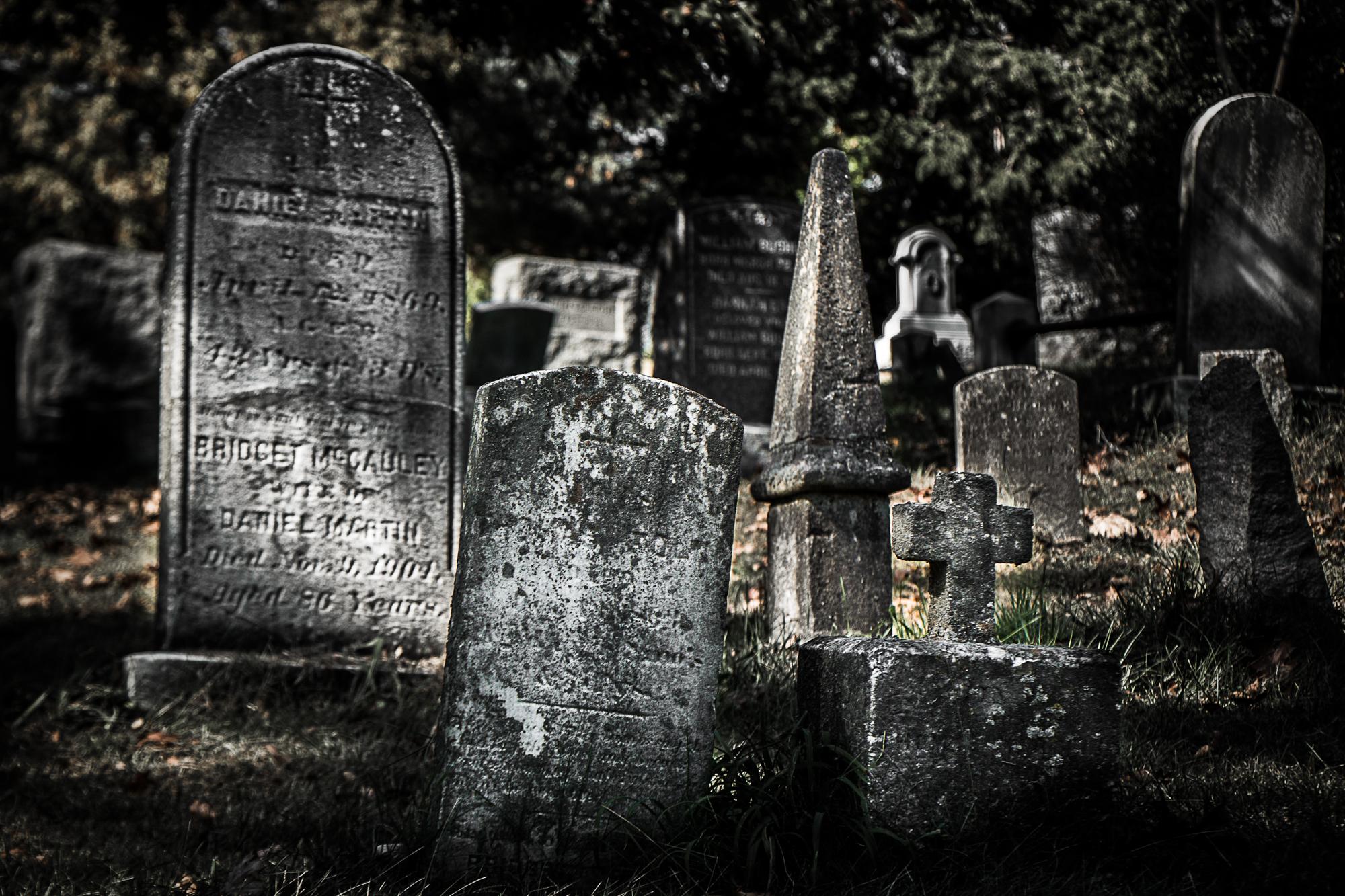graves-3.jpg