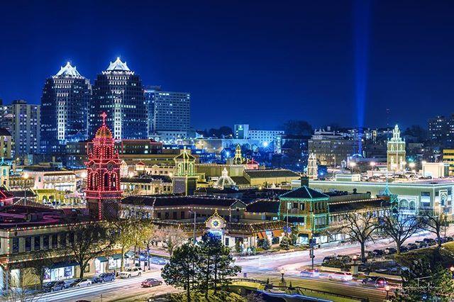 Plaza's pretty lit these days. Spectacular shot by @jonnyt50