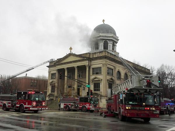 chi-st-basil-church-fire-20130318.jpeg
