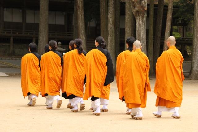Female monks.jpg