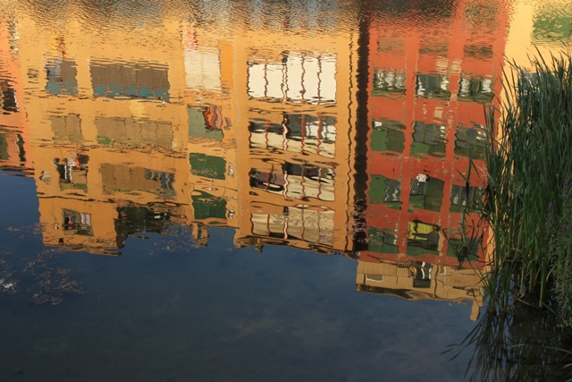 Reflection_Girona.jpg