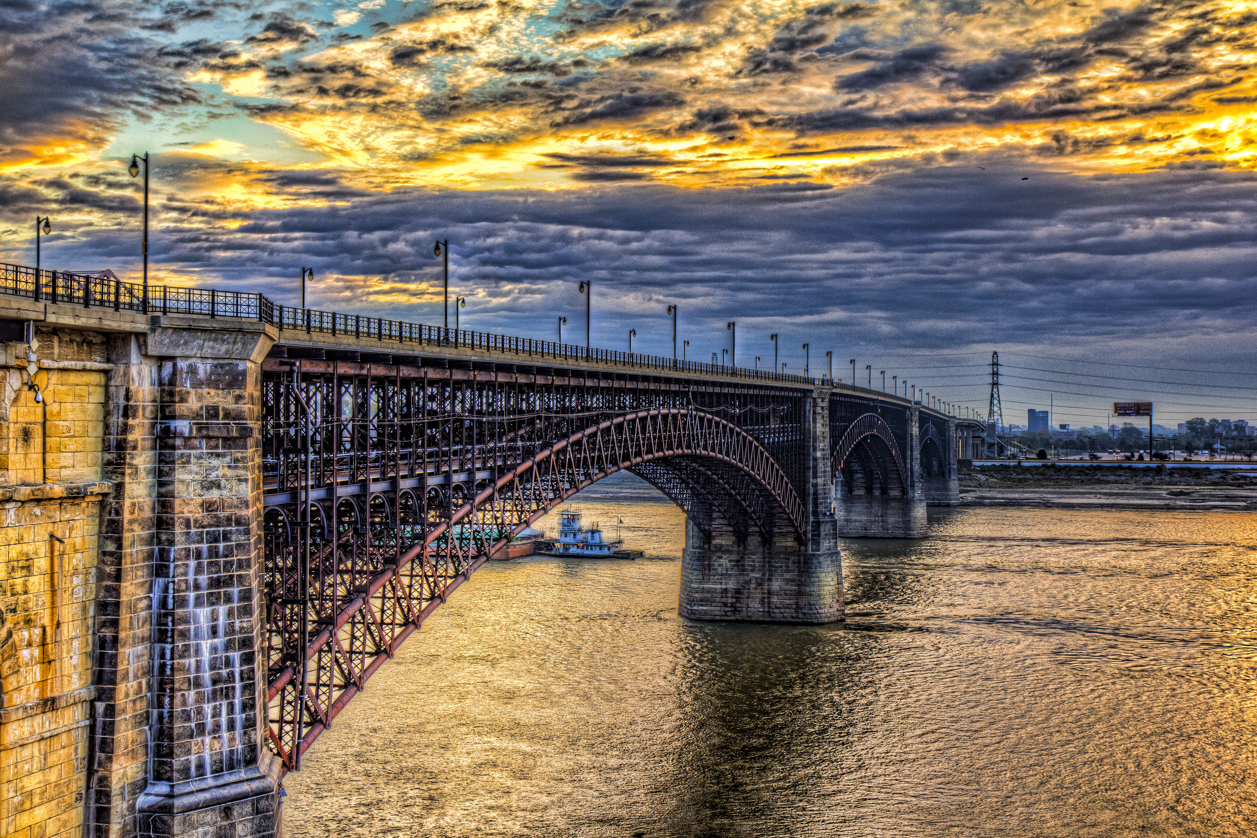 sunrise-on-eads-bridge.jpg