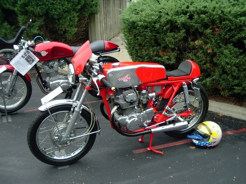2005 American Motorcyclist Assoc Concours D'Elegance Show....Ohio Cafe Racers