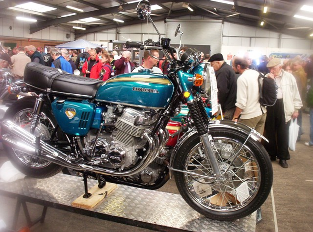 Classic Mechanics Show 004.jpg