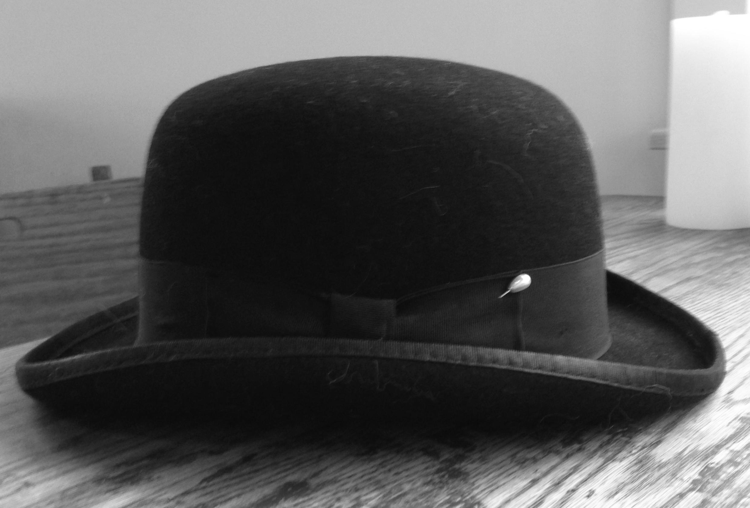 EFS_hat.jpg