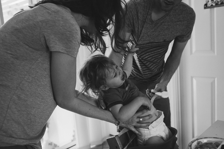 family-high-chair-documentary-photography-brisbane.jpg