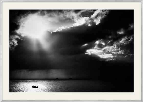 Lonely_at_sea_Neil_Alexander_01.jpg
