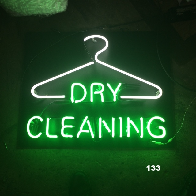 DRY CLEANING W? HANGER