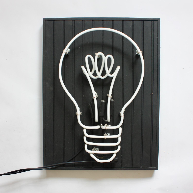 wood_bulb_1.jpg
