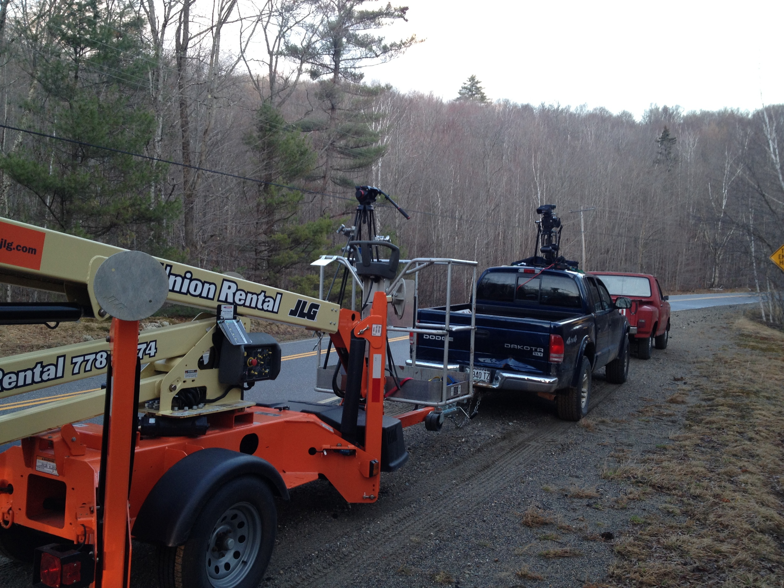 the whole rig, including the bucket lift we used earlier in the day.  It's good to have a truck for shoots like these.