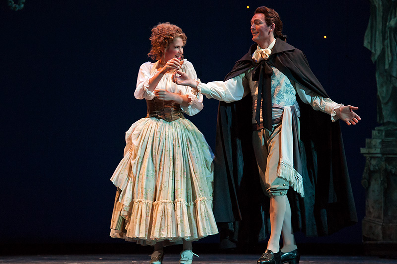 Figaro_wed_orch_0719_web.jpg
