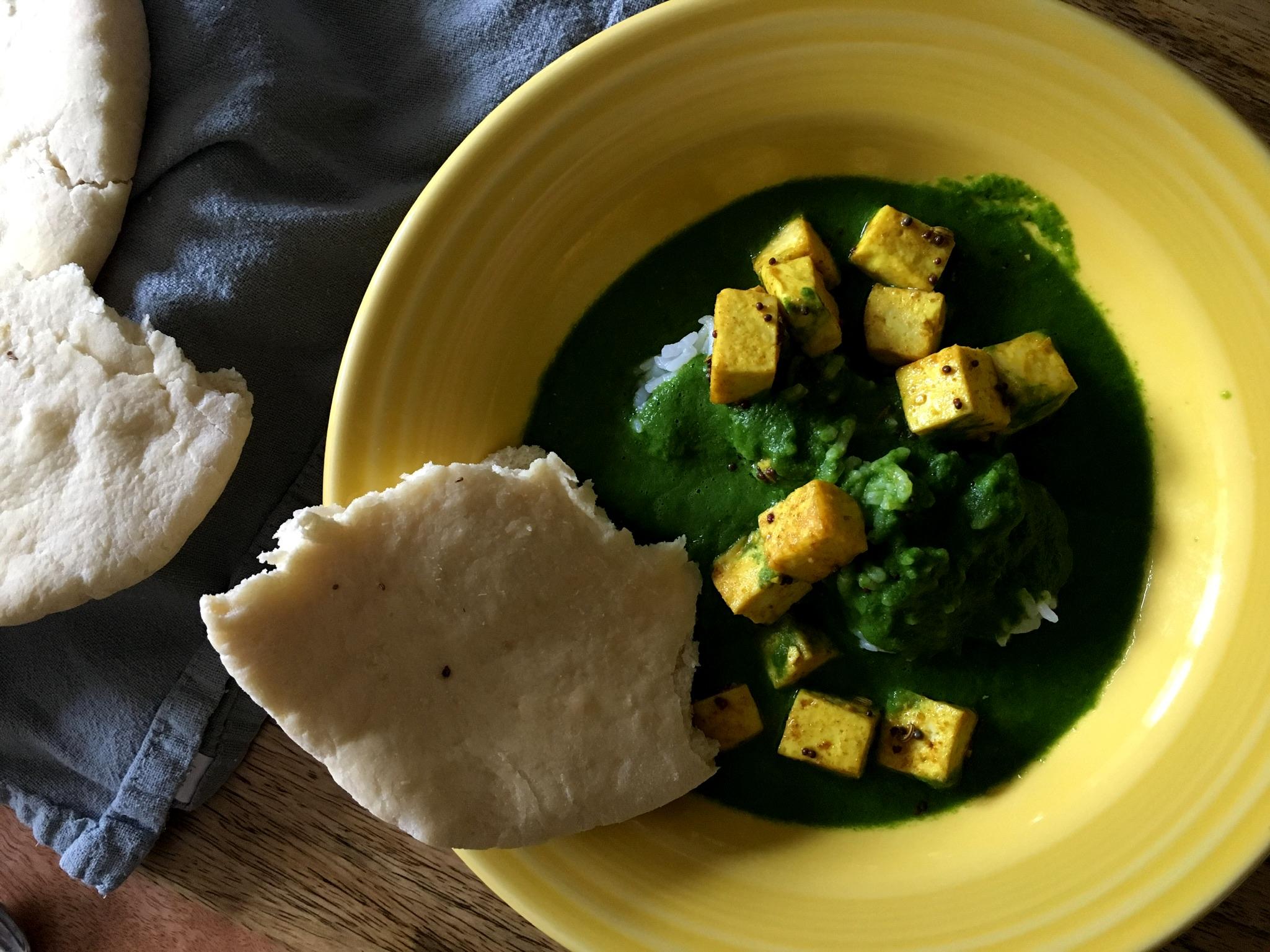 Puffy naan, saag tofu