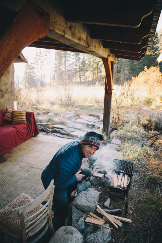 The lady who owns the cabin is vegetarian and gets sick from the smell of meat cooked inside the house. So we had to make bacon outside. And by we, I mean Dave. It was 14 degrees when we took this picture.