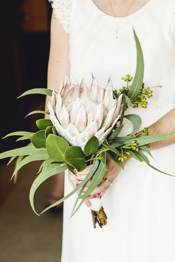 Emma's bouquet, a king protea and eucalyptus leaves, summarised the Australian and South African wedding perfectly: beautiful!