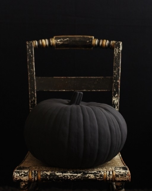 black matte pumpkin