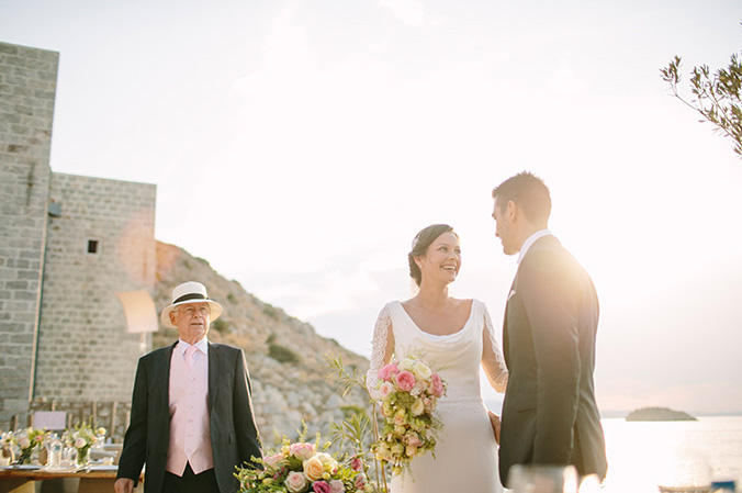 CHIC & STYLISH - gorgeous wedding in hydra
