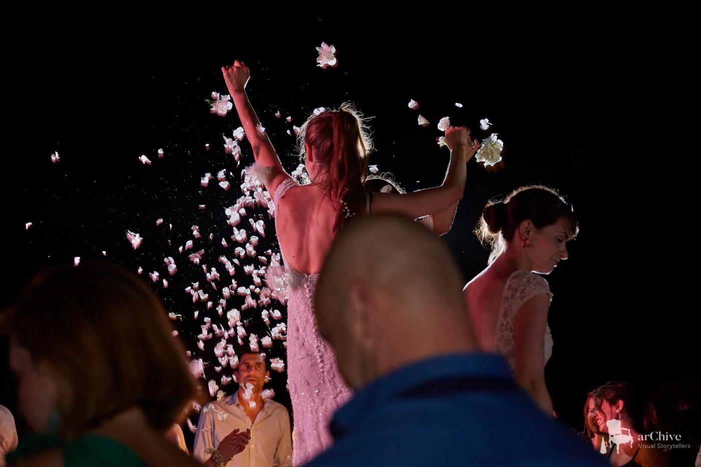 10081-wedding-photographer-spetses-greece.jpg