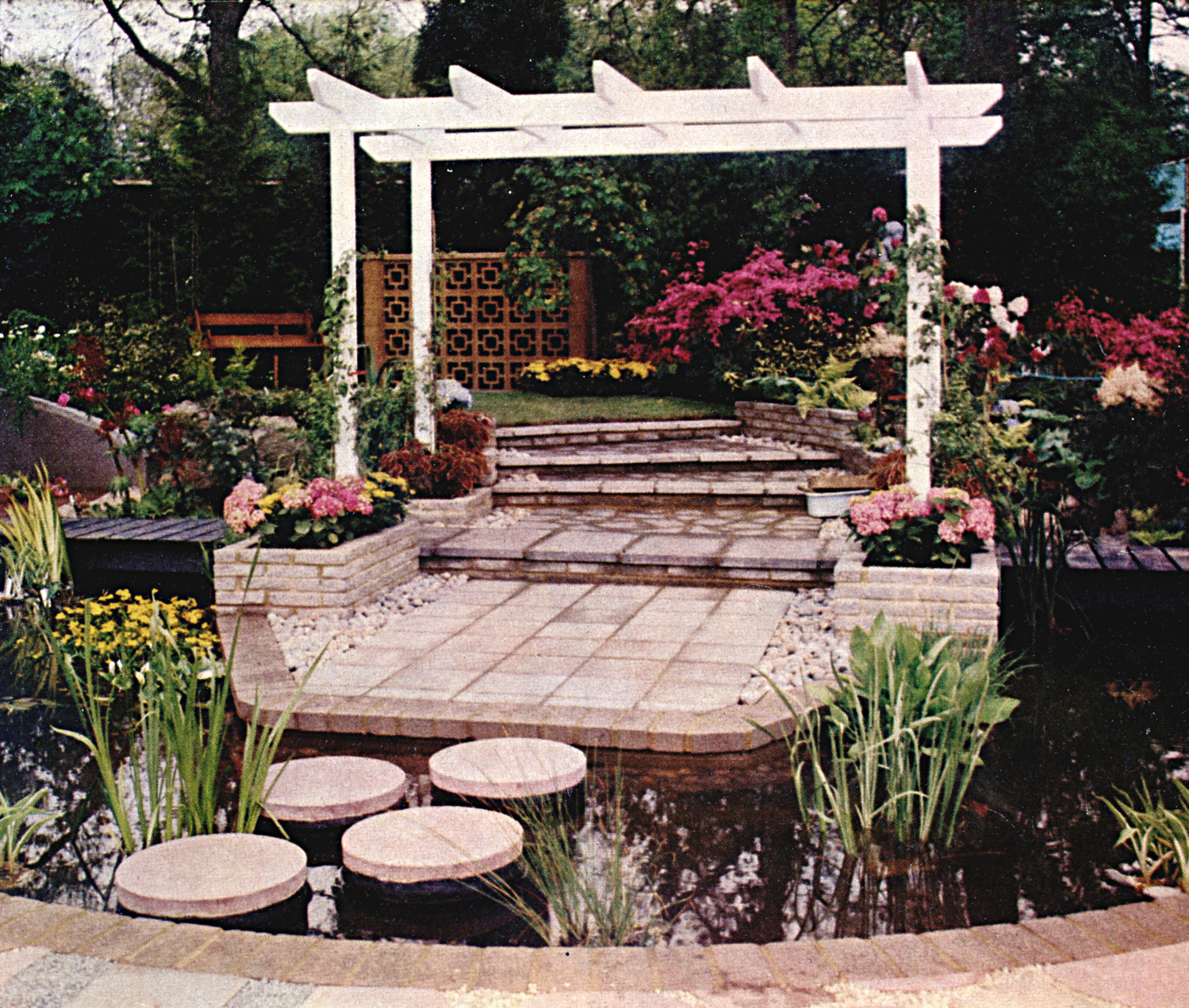 chelsea garden.jpg
